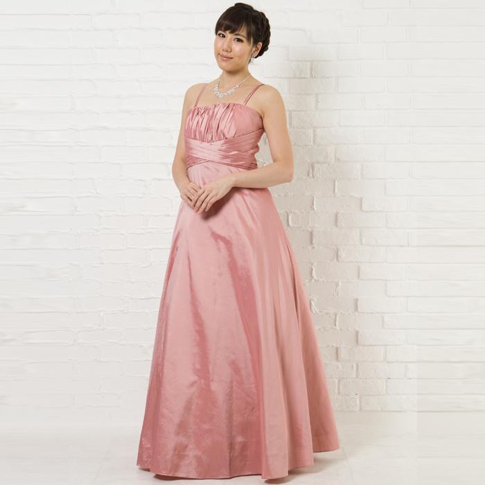 華やかな場所に、可愛らしさと大人らしさのダスティローズカラードレス