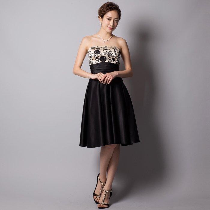 結婚式やパーティーにぴったりなブラックサテン刺繍ミディアムゲストドレス