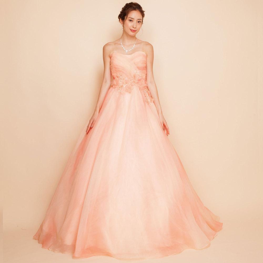 まるで桜が舞い散るようなピンクグラデーションオーガンジーボリュームドレス