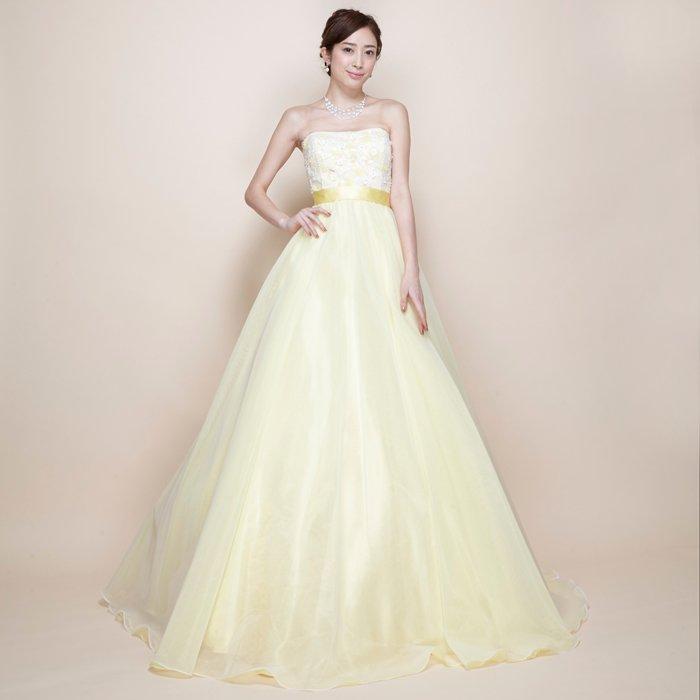 とびっきりキュートなクリームイエロープリンセスラインオーガンジーボリュームロングドレス