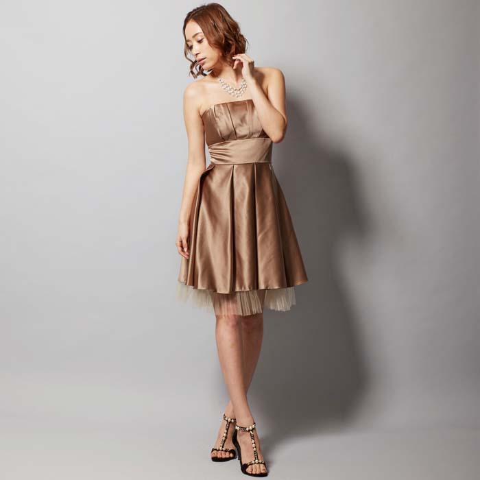 演奏会には落ち着いていてちょうどいい高貴な印象コーヒーカラーのショートドレス