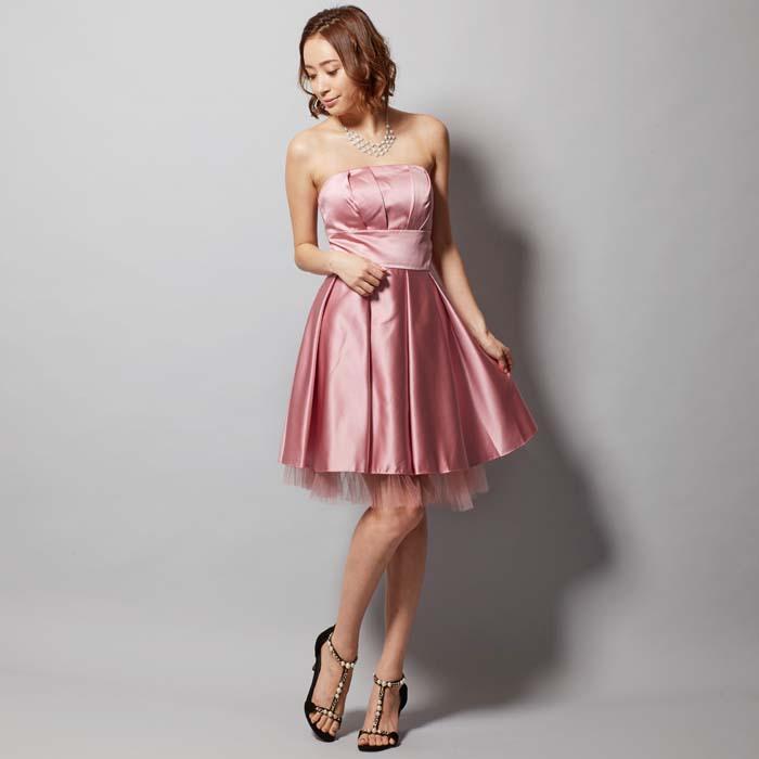 二次会には大人かわいいダスティローズカラーのゲストドレス