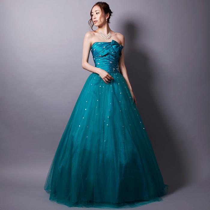 演奏会で注目の爽やかさとエレガントさのエメラルドグリーンカラーのドレス