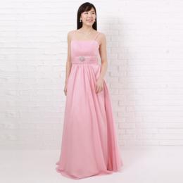 ピンクカラーで桜の花びらのようなキュートでプリティーなドレス