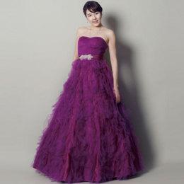 高級で妖艶な大人の色気upのパープルカラードレス