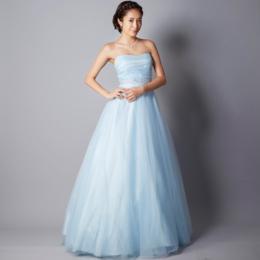 音大生に人気の高いベイビーブルーの若々しい演奏会向けカラードレス