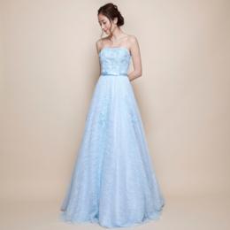 透き通るような爽やかな総レーススカイブルー刺繍ロングドレス