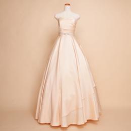 きらめき高級感シャンパンカラーシルクシャンタンウエストビジューロングドレス