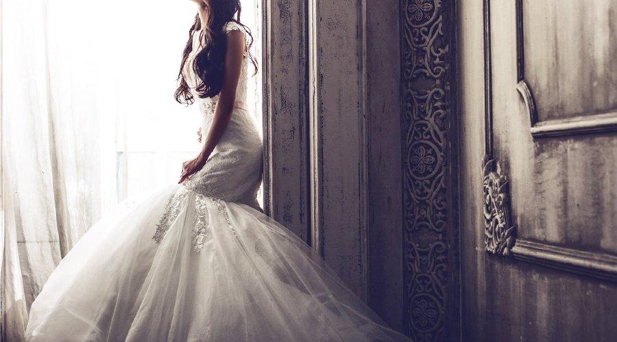 ロングドレスの畳み方と収納のアドバイス